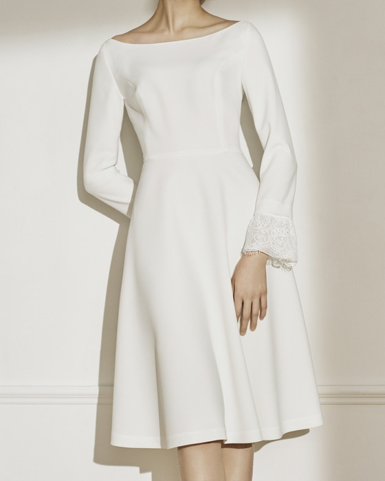 STEPHANIE roung neck dress(pale ivory)