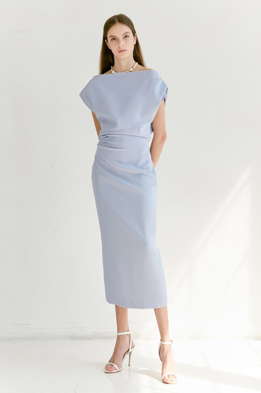 [6/16 예약배송] ATHENA Asymmetric sleeve dress (Light Cornflower Blue)