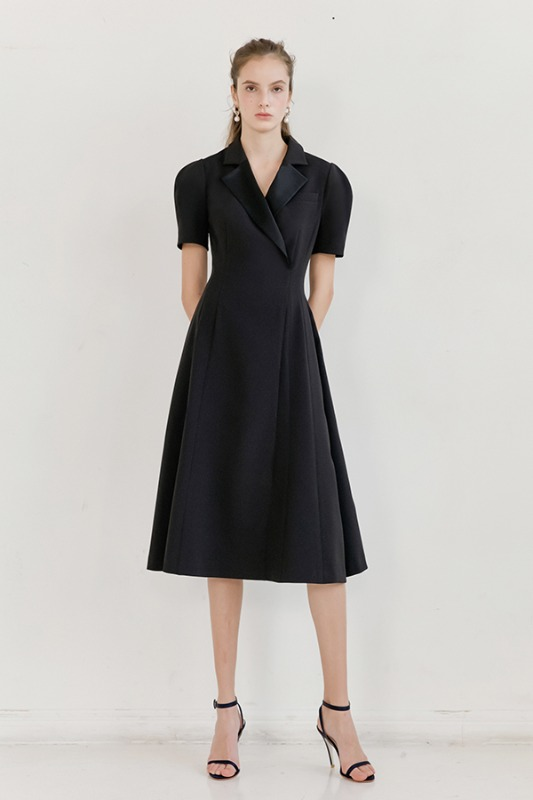 MADELYN Notched collar detailed dress (Black)